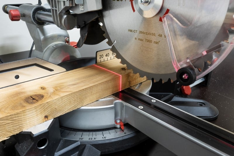 Can a Miter Saw Cut Straight